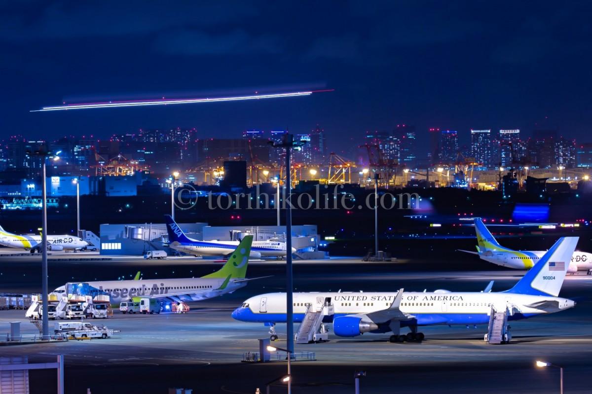 C-32を羽田で撮影。ポンペオ国務長官が来日した時の写真