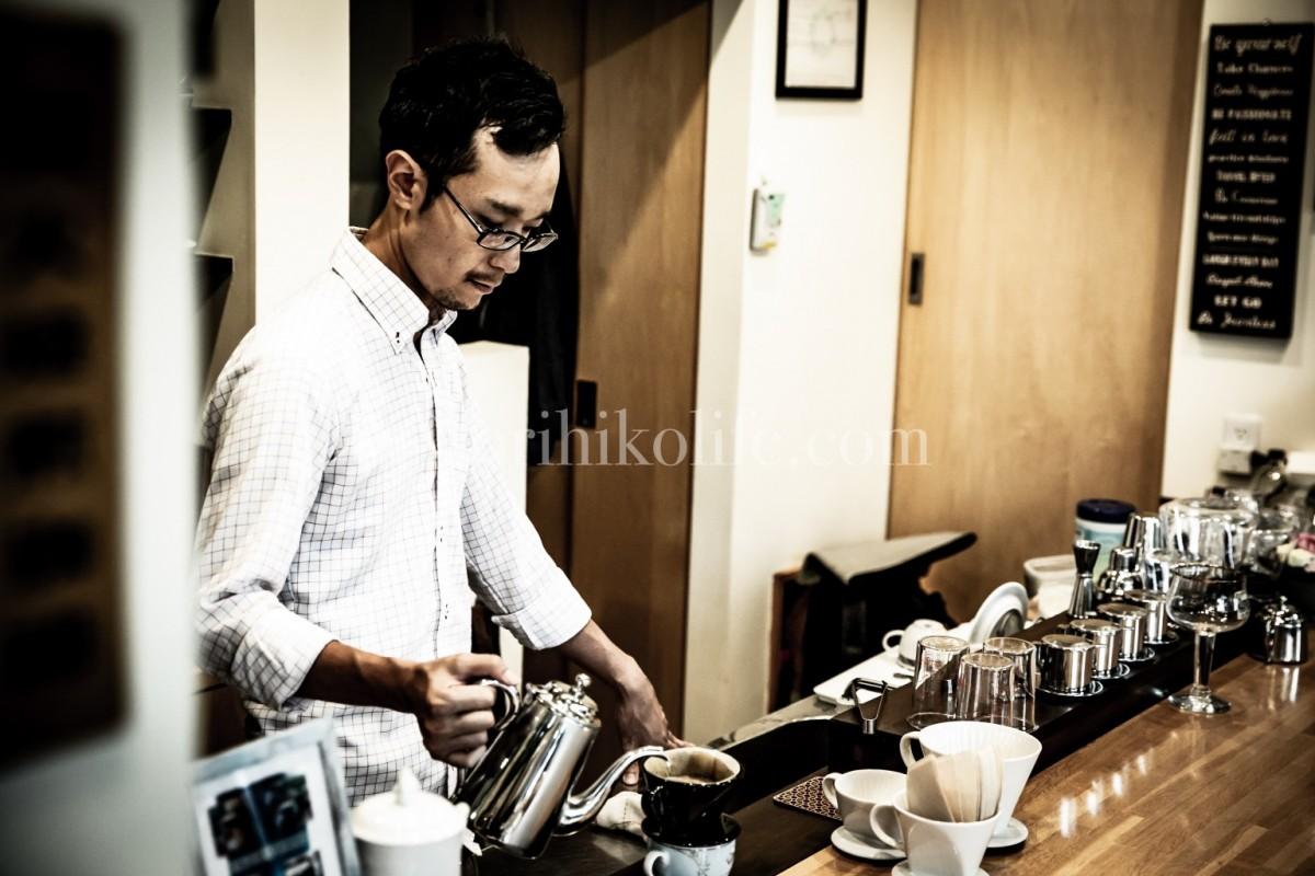 カフェ安南のマスター佐藤さん