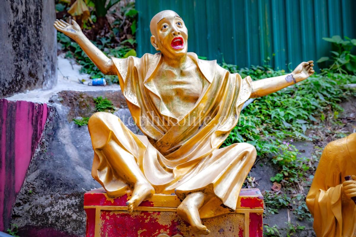 香港でB級スポット的なお寺を発見!万仏寺がフォトジェニックすぎて ...