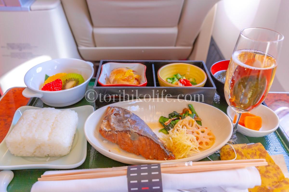 JAL国内線ファーストクラス機内食の朝食