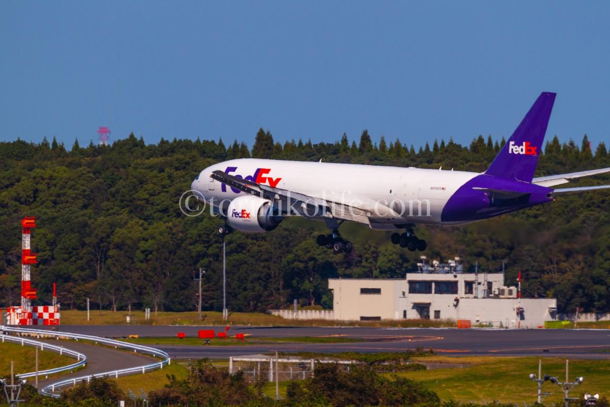 第2ターミナルの展望デッキはB滑走路の着陸機が狙える撮影スポット