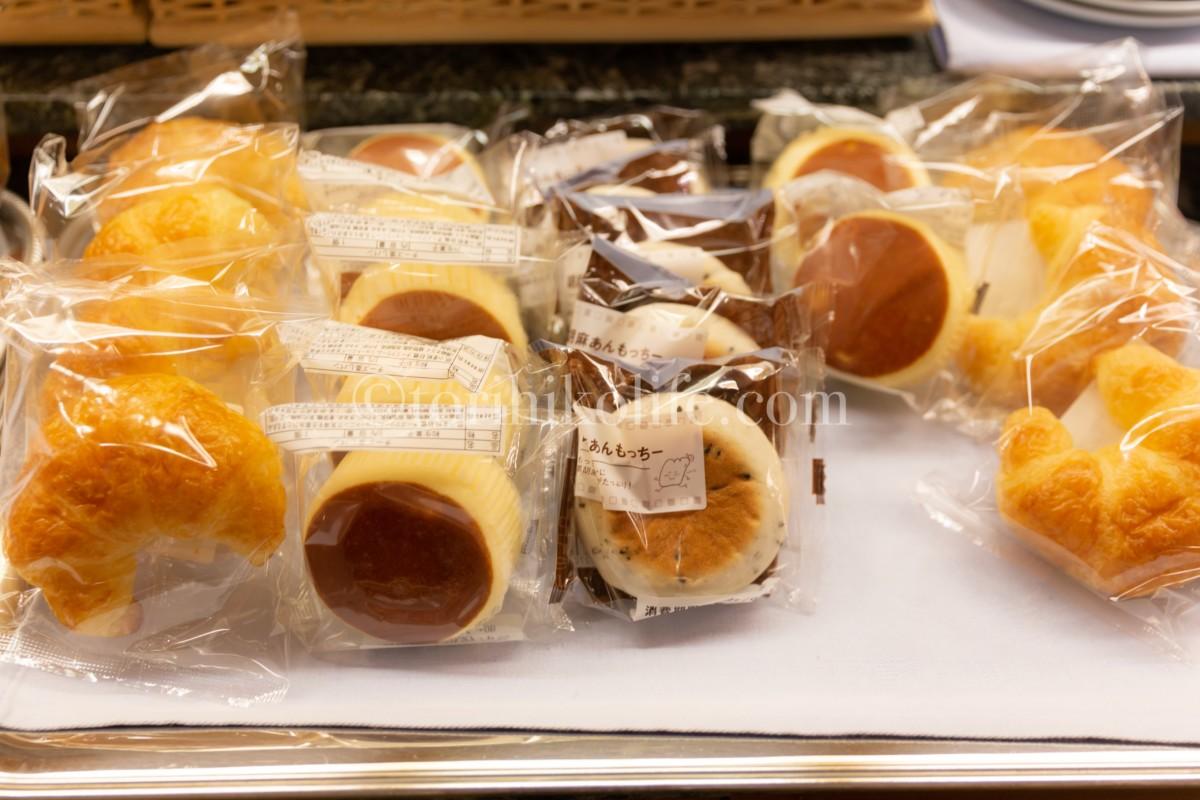 大韓航空ラウンジで提供されているパン類