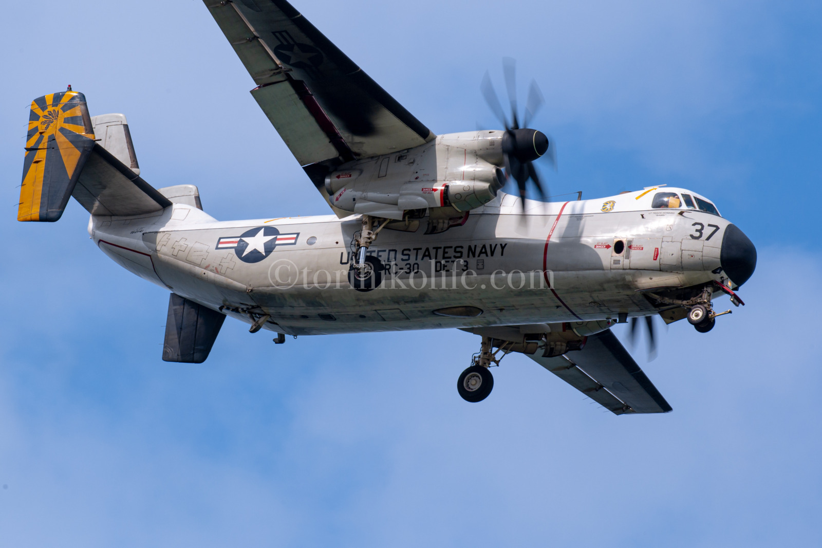 C-2A グレイハウンド(VRC-30 DET-3 162141)